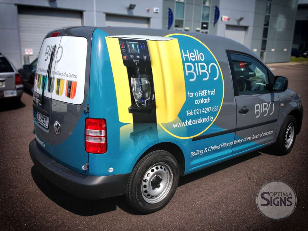 Vehicle graphics full vehicle wrap