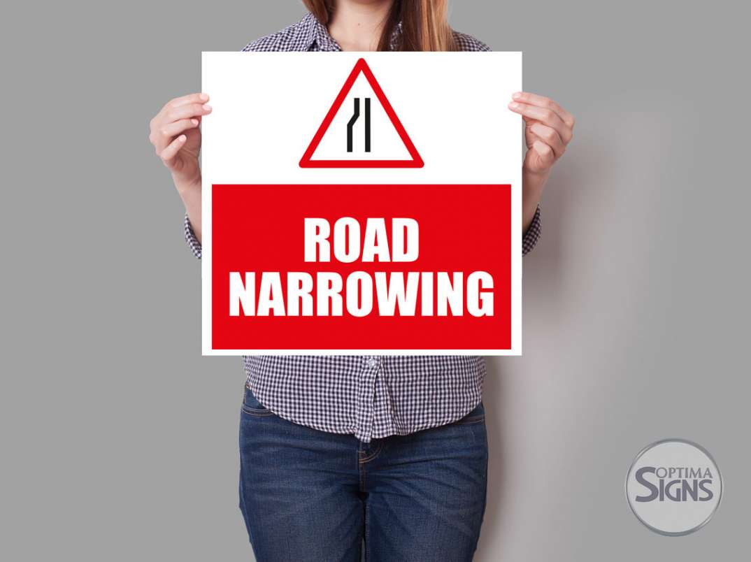 Road Sign - Narrowing road