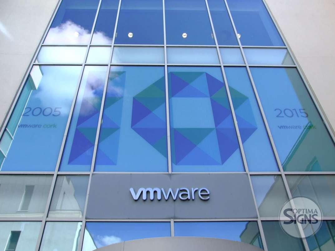 vmware_cork_windowgraphic