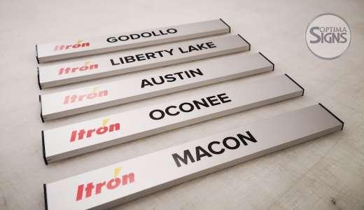 iTron_Cork_aluminium door sign